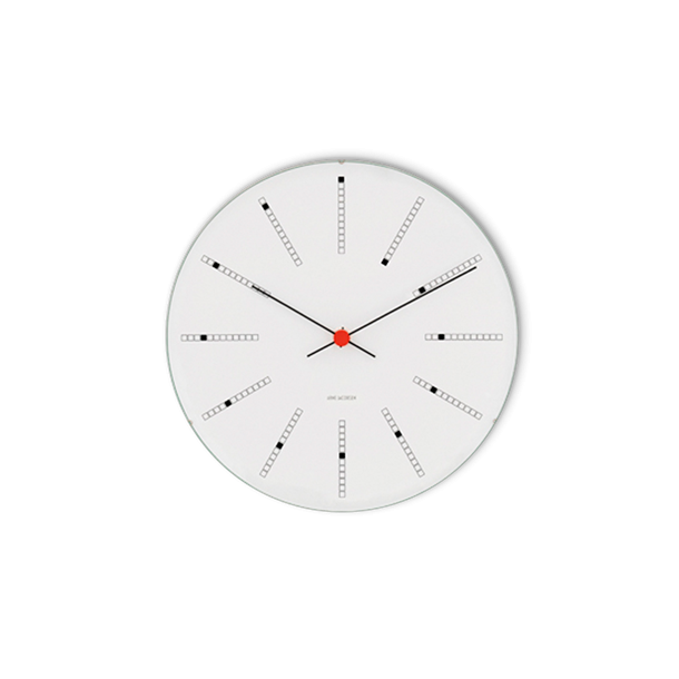 Arne Jacobsen Bankers Vægur Hvid, sort og rød, Ø 48 cm