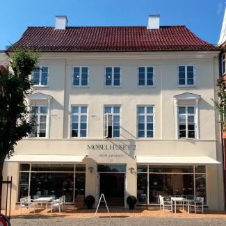 Besøg Møbelhuset 2
